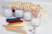 Цены на Creative Набор Creative Фабрика свечей 5674 Набор «Фабрика свечей» сочетает в себе творчество,   развлечение и обучение. С его помощью ребенок научится изготавливать настоящие парафиновые свечи. А в процессе работы познакомится с физическими изменениями мат