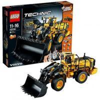 Фото LEGO Technic 42030 Автопогрузчик VOLVO L350